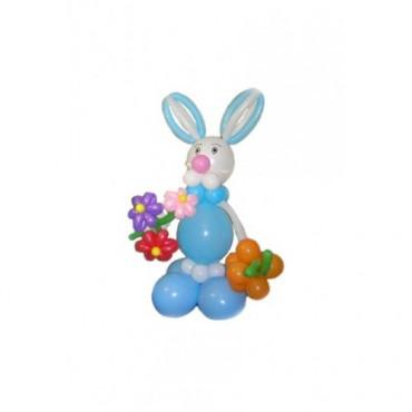 """Фигура из шаров """"Кролик с букетом"""""""